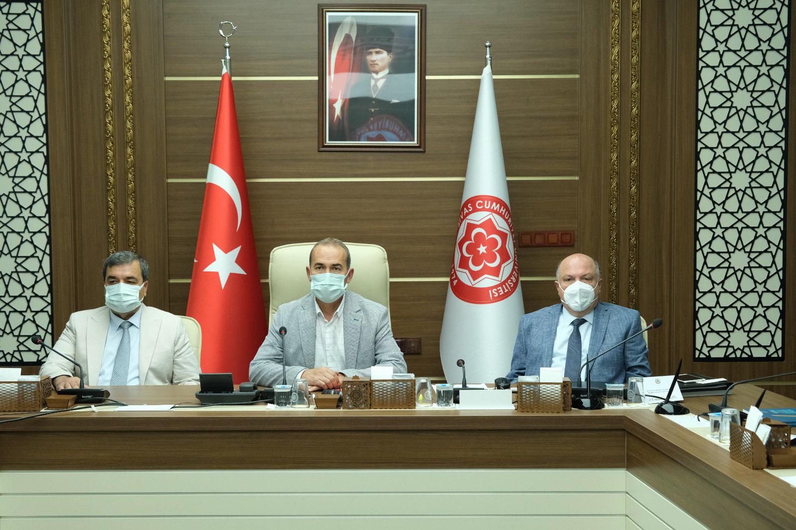 Anadolu Üniversiteler Birliği, Erasmus Konulu Toplantısını Sivas Cumhuriyet Üniversitesinde Gerçekleştirdi