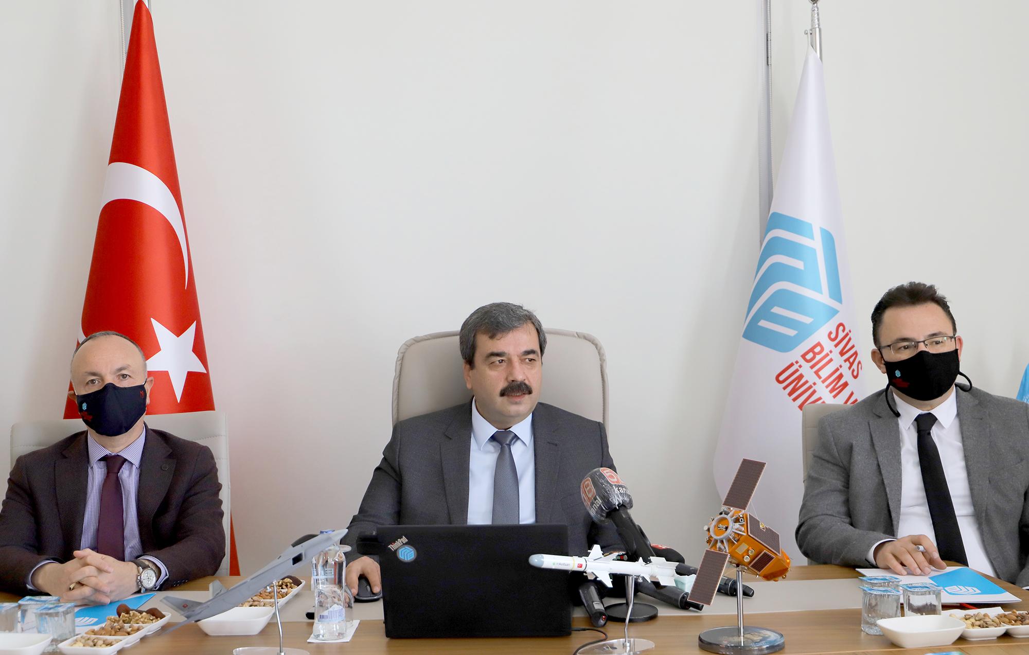 Sivas Bilim ve Teknoloji Üniversitesinde Genel Değerlendirme ve Basın Bilgilendirme Toplantısı Yapıldı