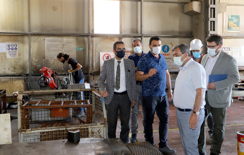 Rektör Prof. Dr. Mehmet Kul ve Beraberindeki Heyet  Gökrail Firmasını Ziyaret Etti