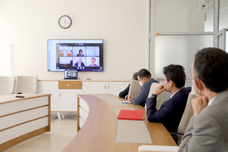 Akademik ve İdari Personele Yönelik Online Eğitim